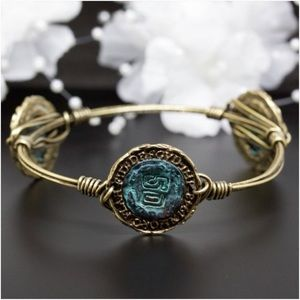 Jewelry - Vintage Coin Wire Antique Gold Bangle Bracelet